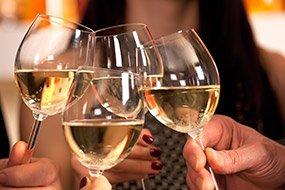 Купить алкоголь на свадьбу спб
